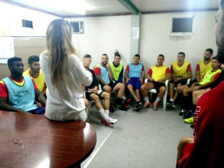 maria-cabrera_psicologa-deportiva_coach-del-deporte_futbol_alto-rednimiento_jugadores_fortaleza-mental_cohesion