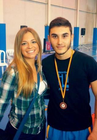 maria-cabrera-bolufer_psicologia-deportiva_coaching-del-deporte_entrenamiento-mental_alto-rendimiento_medalla_campeonato-taekwondo